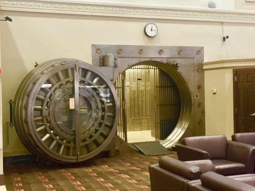Vault Safe Bank Lock Security